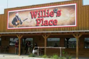 Willies-Place-at-Carls-Corner-entrance-photo-by-Sheila-Scarborough