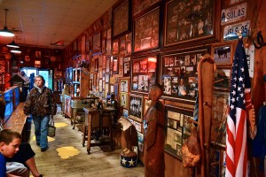 Lambert's Cafe - Home of Throwed Rolls - 01-27-2013