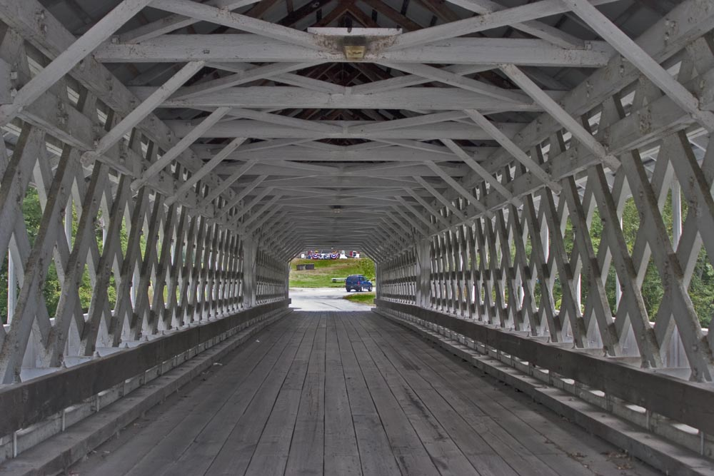 New Hampshire, Cheshire County, village of Ashuelot, Ashuelot Covered Bridge in the town of Winchester