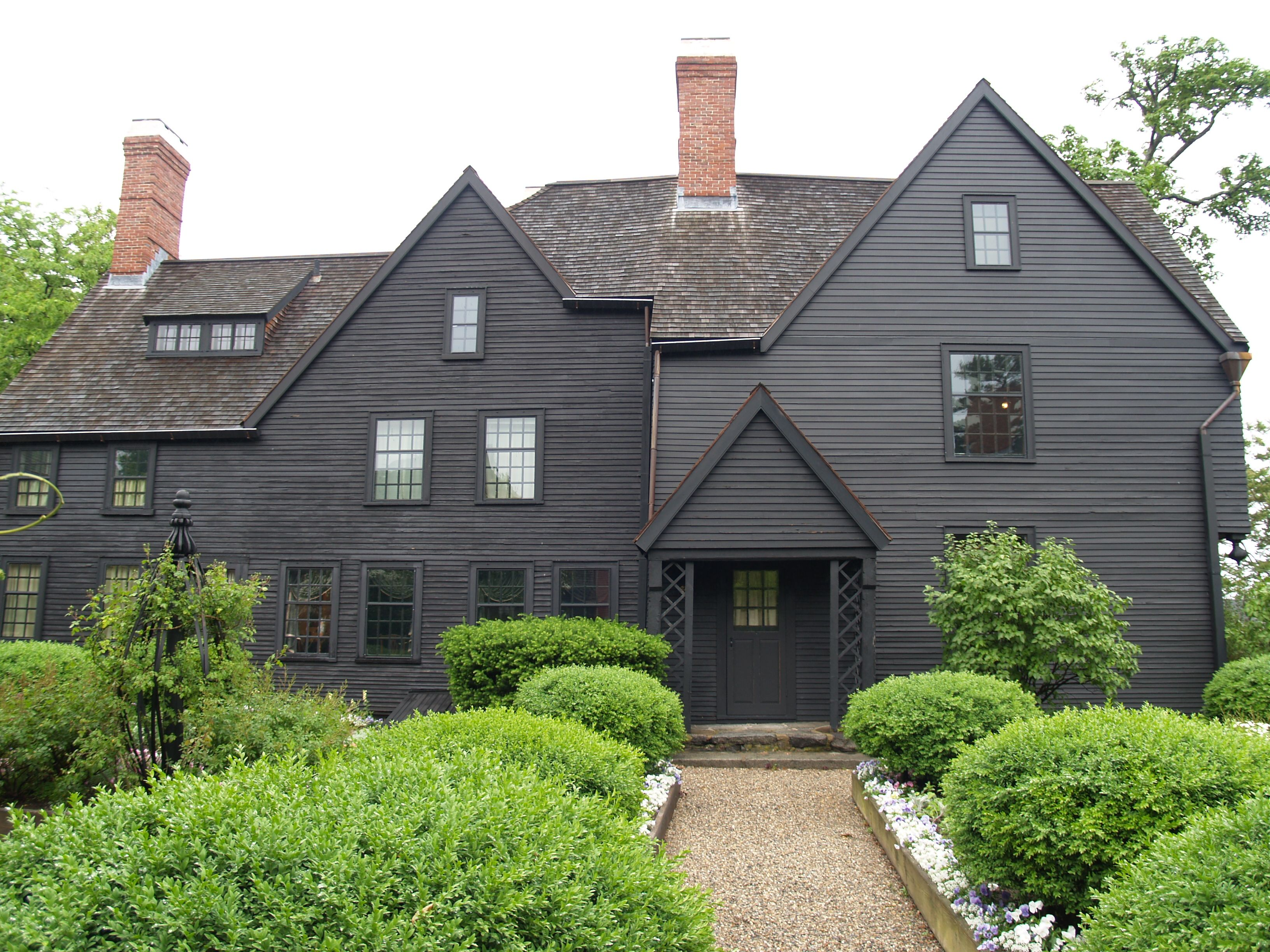 teh symbolism used in the house of seven gables Obviously, the biggest symbol in this novel is the house of the seven gables itself hawthorne helps us out with this one by putting it right there in the title the house represents a ton of thin one of the reasons colonel pyncheon chooses this particular acre to steal from his neighbor, matthew.
